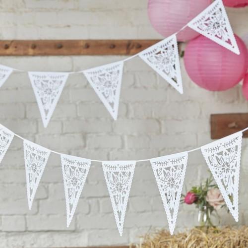 Banderines flores blanco