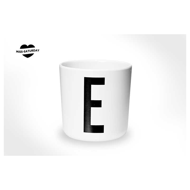Vaso melamina - Letra E