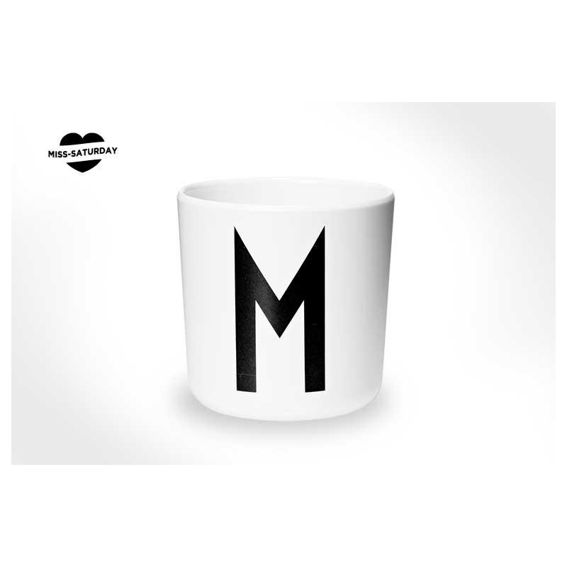 Vaso melamina - Letra M