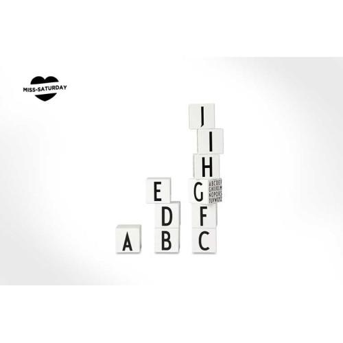Cubos de madera abecedario