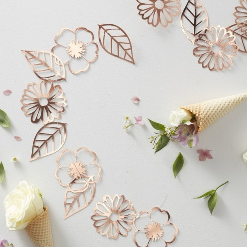 Guirnalda flores oro rosa