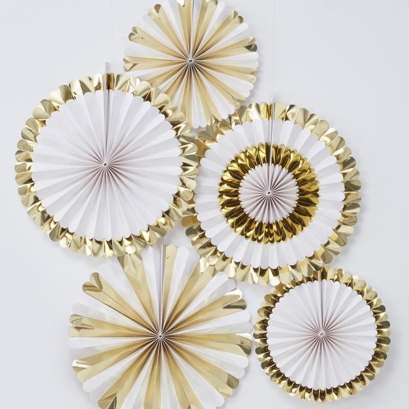 5 Abanicos dorados