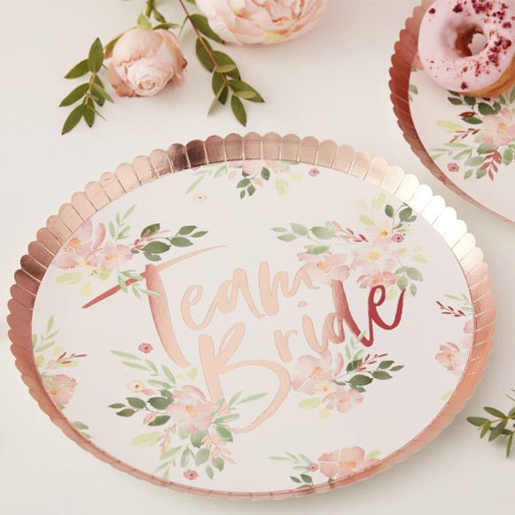 8 Platos Team Bride Floral