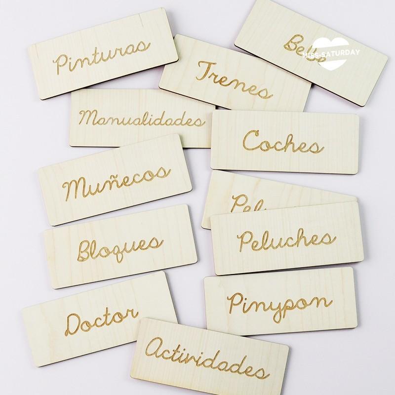 Ordenajuguetes etiqueta de madera