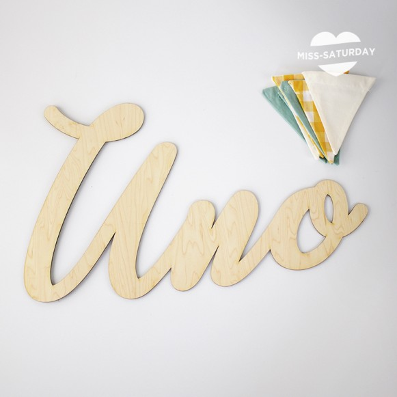 Letrero troquelado Uno