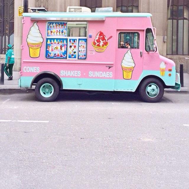 mr-pink-ice-cream