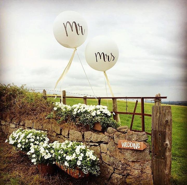 Ideas para decorar una boda con globos